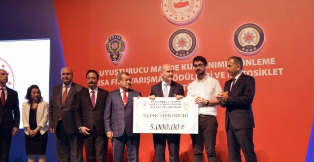 Anadolu Üniversitesi öğrencisinden anlamlı başarı