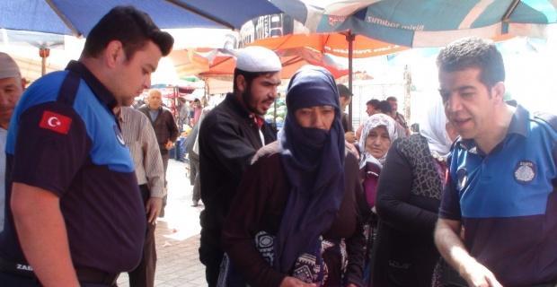 Şuhut'ta, sebze pazarında dilenci operasyonu