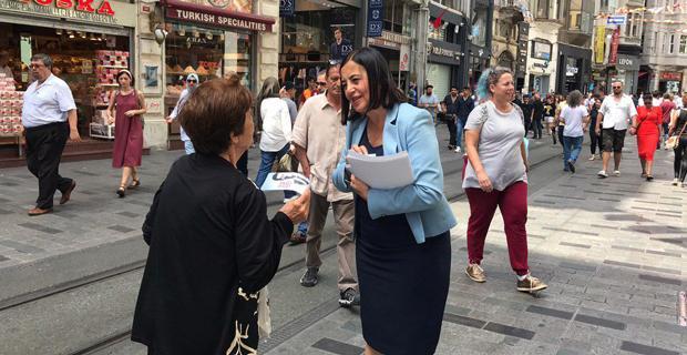 Süllü Beyoğlu'nda Seçim Çalışmalarını Sürdürüyor