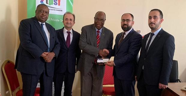 TÜMSİAD Tanzanya da TPSF'li İşadamlarını Ziyaret Etti