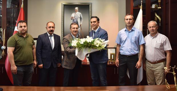 Belediye İş'ten Ataç'a Teşekkür Ziyareti