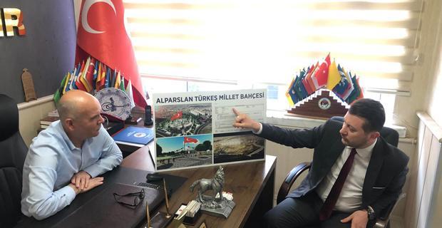 Volkan Doğan, Türkeş Millet Bahçesi'nin  Tapusunu MHP'lilere verdi