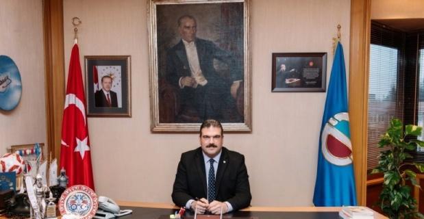 Anadolu Üniversitesi Rektörü Prof. Dr. Çomaklı'dan Kurban Bayramı mesajı