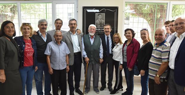 Ahmet Bilek deneyimli kafe törenle açıldı