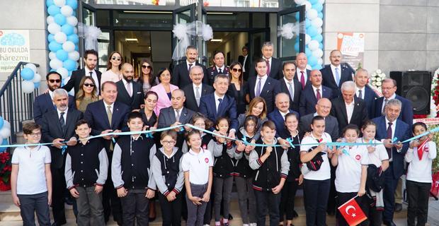 Gülay Kanatlı Ortaokulu açıldı