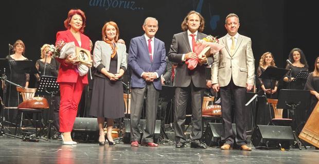 Ata'nın sevdiği şarkılar Eskişehir'den yükseldi