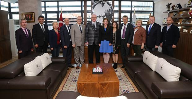 Bulgar-Türk İşadamları Derneği'nden Kurt'a ziyaret
