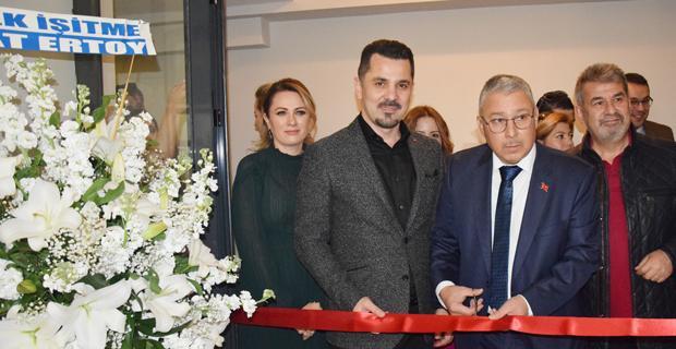 Fatih Gören kliniğinin açılışını kutladı