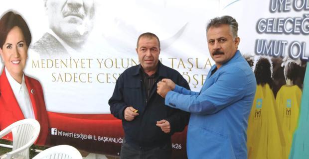 İYİ Parti'den üye ol kampanyası
