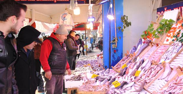 Balığın kulağına kar suyu kaçtı ama fiyatlar düşmedi