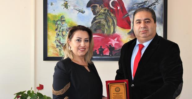 İş kadını Karataş'a başarı ödülü