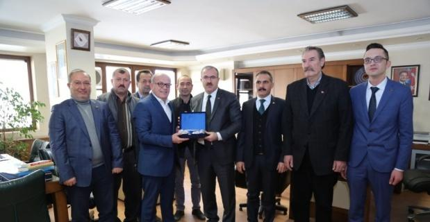 Ömer Toraman'dan Türk-İş'e ziyaret