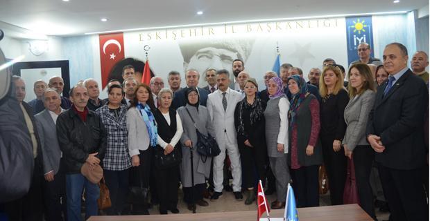 Türk ve Tuna adaylıklarını açıkladı