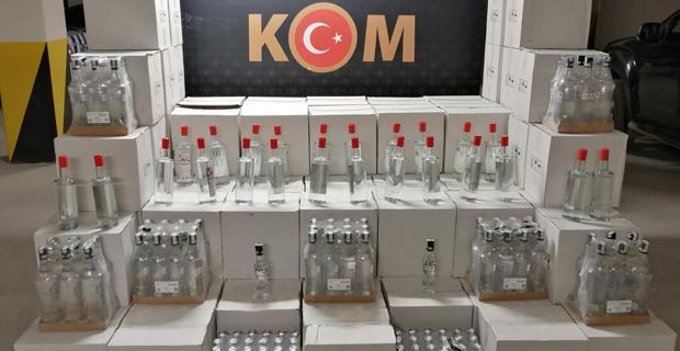 Bin 310 şişe sahte alkol ele geçirildi
