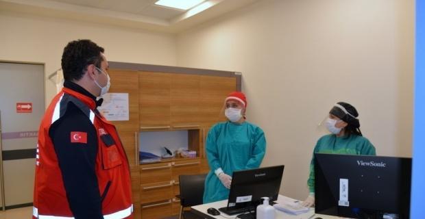 İl Sağlık Müdüründen hastane ziyareti