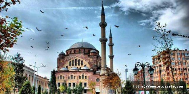 Eskişehir'de Cuma Namazı Kılınacak Cami ve Açık Alanlar açıklandı