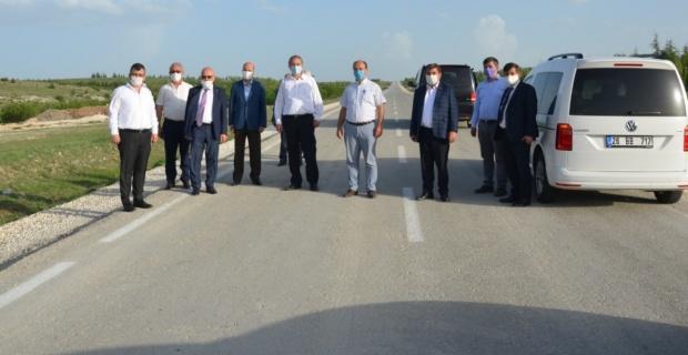 Seyitgazi'deki 'beton yol' örnek alınıyor