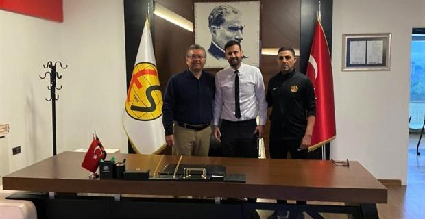 Genç kaleci Ebrar'ın sözleşmesi uzatıldı