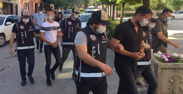 1,5 milyon TL vurgun yapan 5 kişi yakalandı