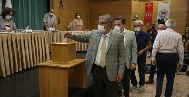 Encümen ve komisyon üyeleri seçildi