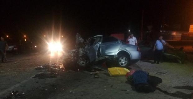 Rusya'da araçlar kafa kafaya çarpıştı: 5 ölü, 6 yaralı
