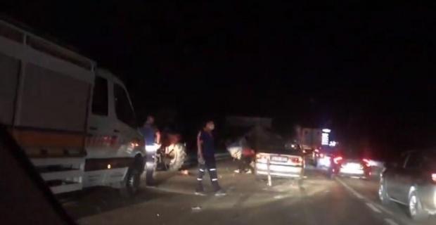 Afyonkarahisar'da zincirleme kaza: 1 ölü, 3 yaralı