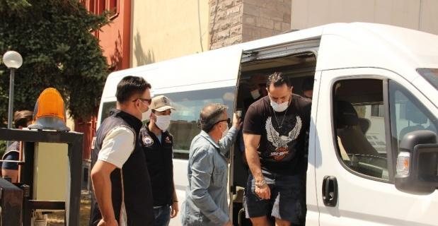 DEAŞ şüphelisi 7 kişi hakim karşısına çıkartıldı