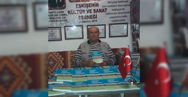 Eskişehirli şair Hamza Altıntaş'ın 'Onuncu köyde yaşıyorum' isimli ilk şiir kitabı yayınlandı