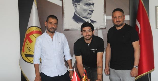 Eskişehirspor'da iki imza