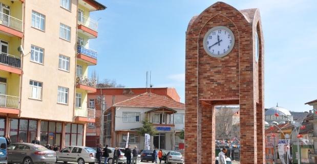 Simav'da 3 ev karantinaya alındı