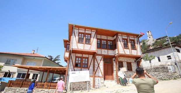 Sivrihisar kültür evi ziyarete açıldı