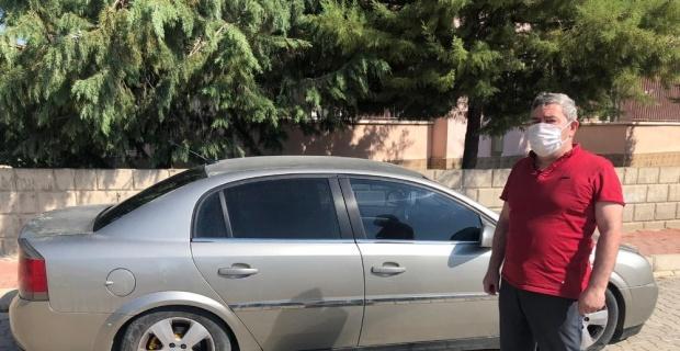 Sabah uyanıp otomobilin yanına gelen aile neye uğradığını şaşırdı