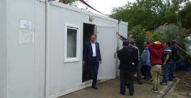 Evleri yıkılma tehlikesi olanlara konteyner yardımı