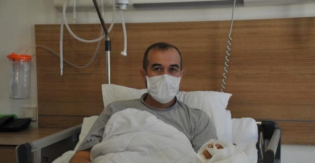 4 saat süren operasyonla elini kurtardılar