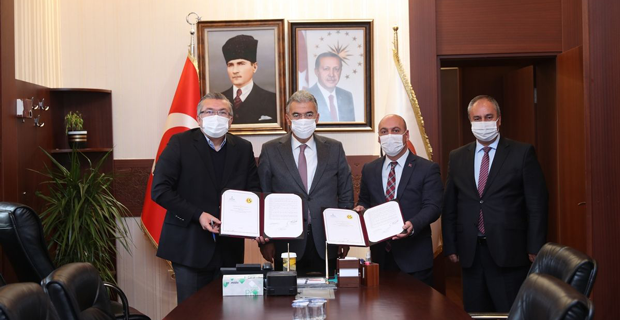 Vali Ayyıldız Eskişehirspor için harekete geçti