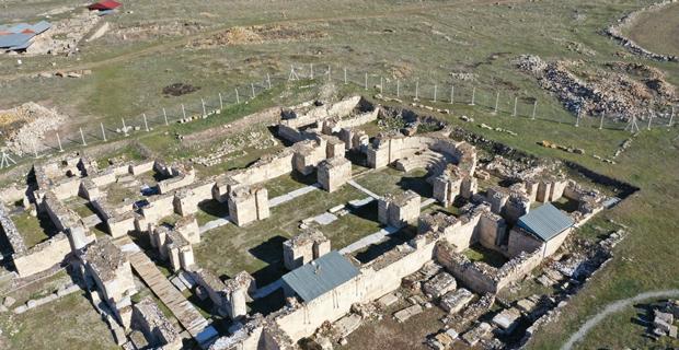 Amorium Antik Kenti'nde tarih fışkırıyor