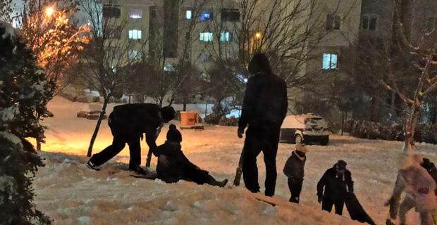 Eskişehir'de kar sevinci