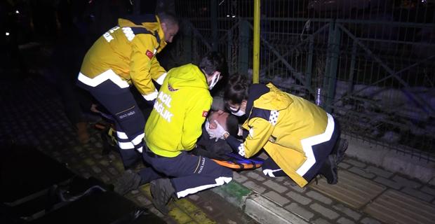 Önce işçi servisine ardından durağa girdi:1 ölü, 4 yaralı