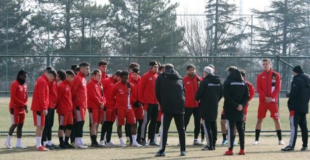 EsEs, İstanbulspor maçına hazırlanıyor