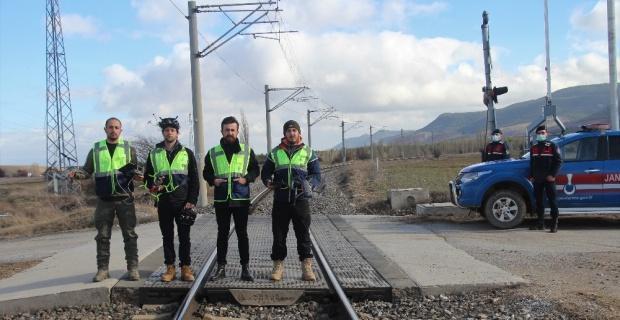 Demiryolunun güvenliğini İHA'lar sağlıyor