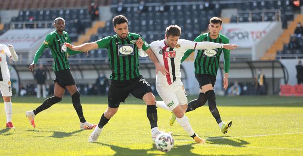 Akhisarspor: 3 -Eskişehirspor: 0
