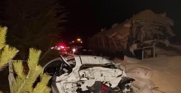 Zincirleme trafik kazası: 1 ölü, 2 yaralı
