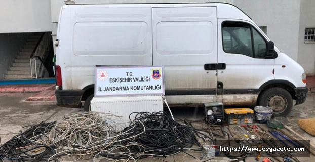 2 ton kablo çaldılar