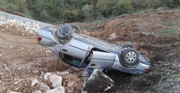 Bilecik'te otomobil şarampole yuvarlandı: 1 yaralı