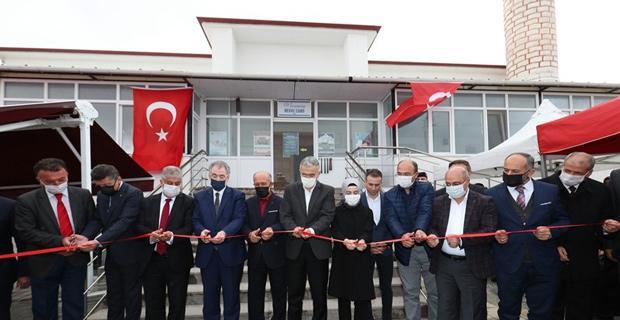 Mekke Camii ibadete açıldı