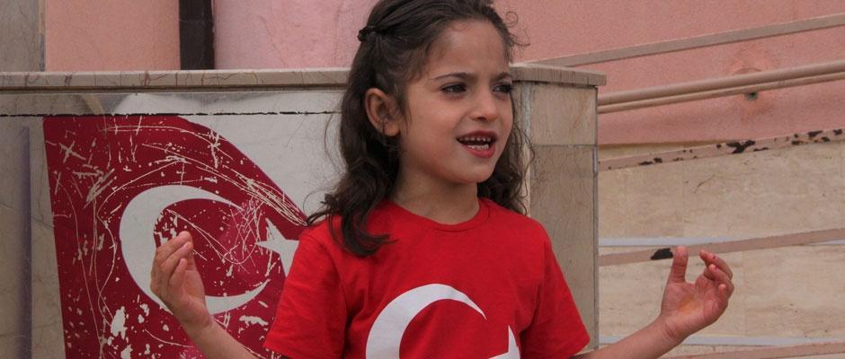 Iraklı Fethiye, İstiklal Marşı'nı bir günde ezberledi