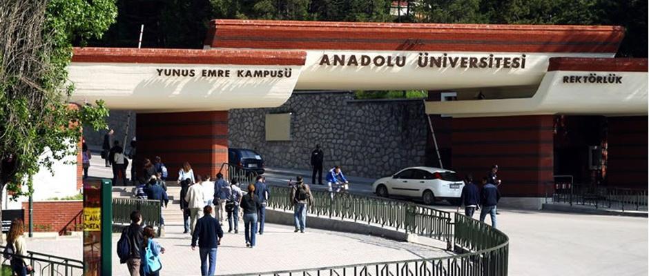 Anadolu Üniversitesi'ne yeni rektör yardımcıları