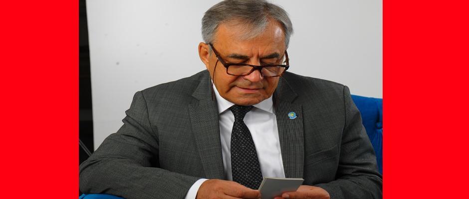 Eskişehirspor siyasetten uzak olmalı