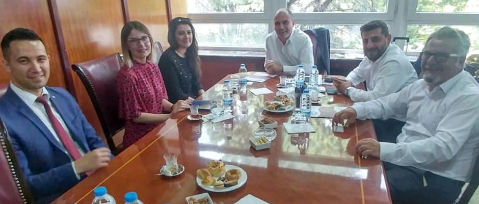 Arnavutluk ile sanayi köprüleri kurulacak