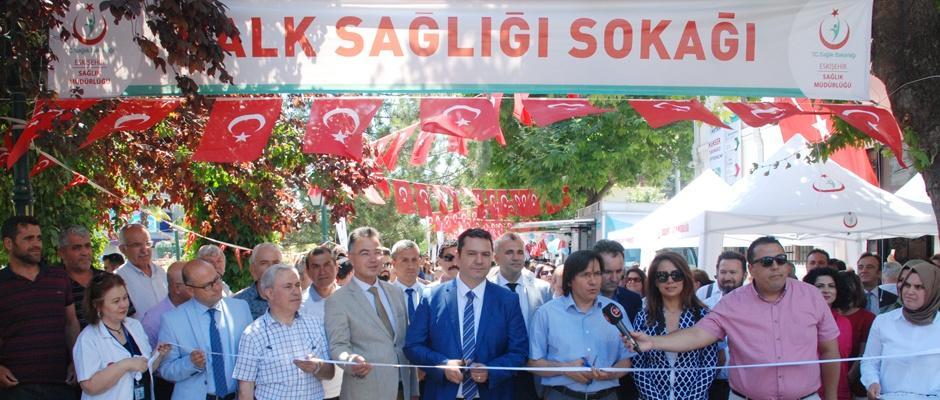 Halk Sağlığı Sokağı açıldı